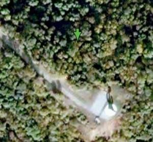 cień pomnika na Kopcu, zdjęcie z satelity