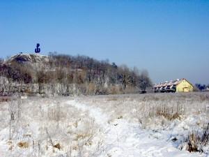 widok na kopiec zimą 2000r
