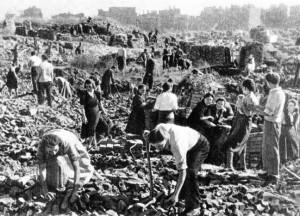 segregacja gruzów w 1946 r.